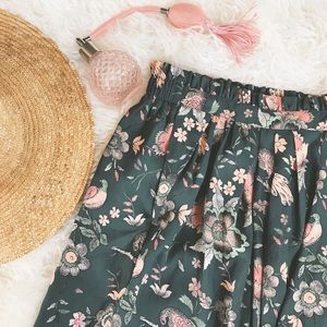 Dresses & Skirts - Paisley Print Skirt
